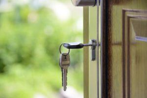 20160724 deur met sleutel foto aankoopbegeleiding